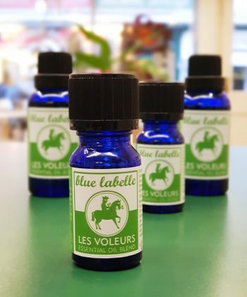 Les Voleurs, Based on the legend of the Four Thieves, Oil Blend